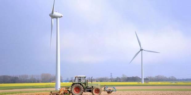 La Région wallonne a fait capoter 43 éoliennes - La DH