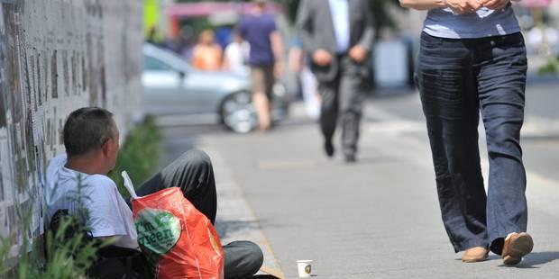 La Ville de Charleroi adopte son nouveau règlement mendicité - La DH
