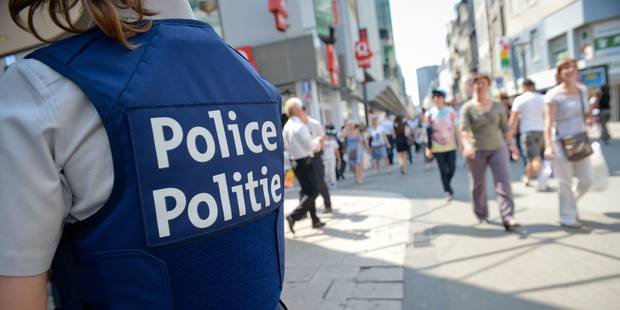 Bruxelles : une adolescente frappe sa mère puis une femme agent de police - La DH