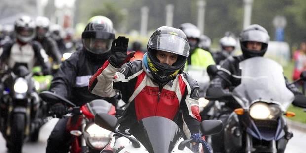 La rue de la Loi paralysée par 800 motards en colère ! - La DH