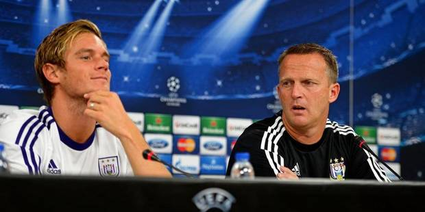 """Van den Brom: """"Gillet reste un arrière droit"""" - La DH"""