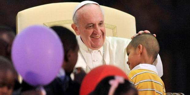 Le petit garçon qui volait la vedette au pape - La DH