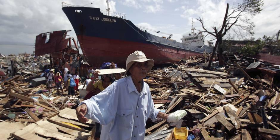 Après les Philippines, le typhon Haiyan frappe le Vietnam