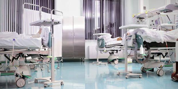 Une femme hospitalisée à côté du meurtrier de sa famille - La DH