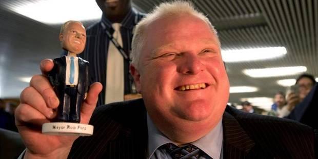 En pleine tourmente, le maire de Toronto lance sa figurine - La DH