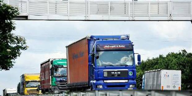 Accident à Hoeilaart: la bande de gauche a été libérée - La DH