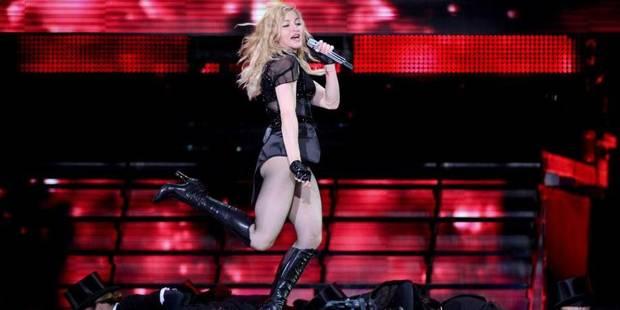 Madonna loin devant - La DH