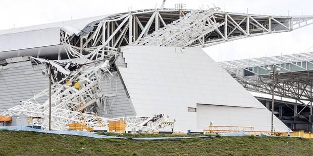 Une grue s'écrase sur le stade qui accueillera l'ouverture du mondial: deux morts - La DH