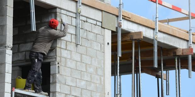 La Chambre approuve le statut unique pour les ouvriers et les employés - La DH