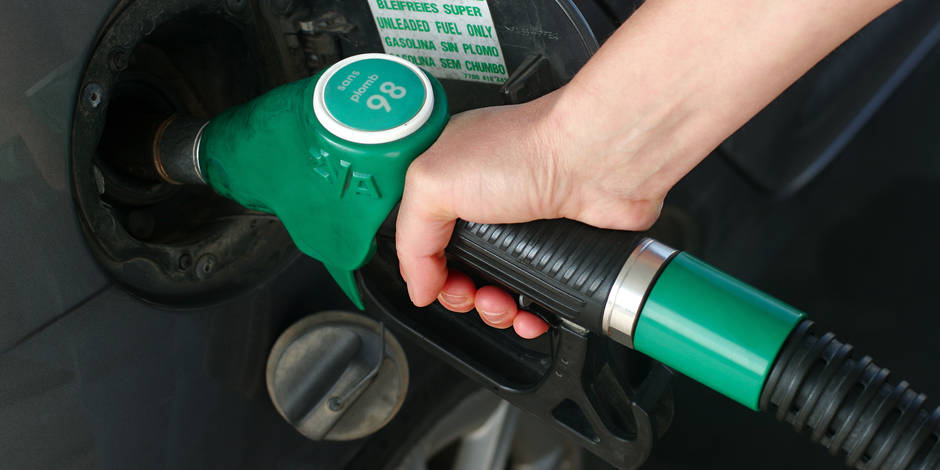 Baisse du prix de l'essence Super 95 et Super 98 dès mercredi