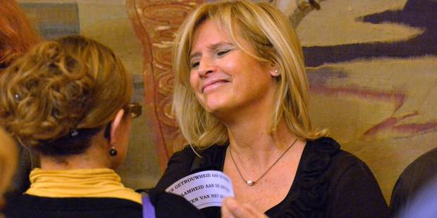 La nouvelle présidente du CPAS de Bruxelles a a quitté le logement du CPAS qu'elle occupait - La DH