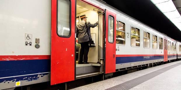 Les accompagnateurs de trains carolos ne contrôlent pas les titres de transport - La DH