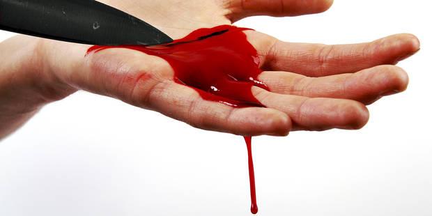 Elle poignarde son amant puis s'éventre - La DH