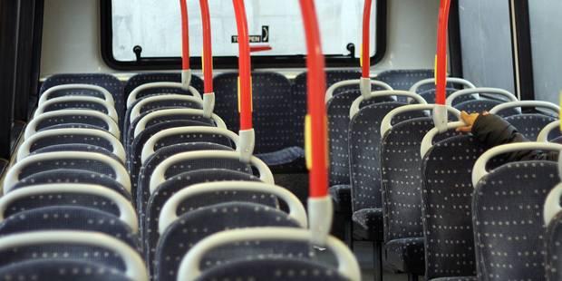 """Condamnés pour avoir pendu un ado par les mains dans le """"bus de la terreur"""" - La DH"""