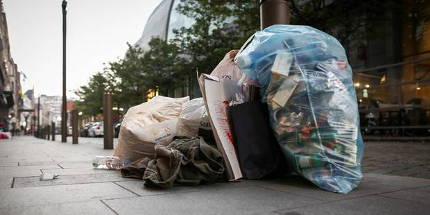 Collecte des déchets : Liège n'impose pas le conteneur ! - La DH