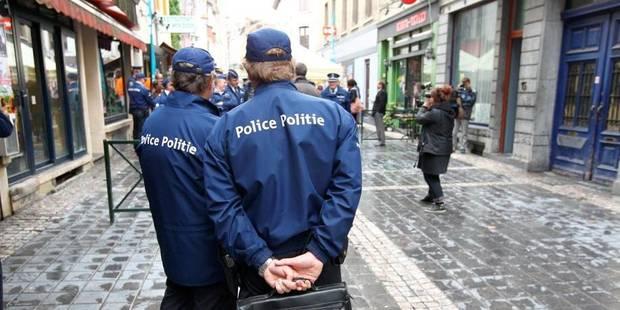 Les flics font la guerre des recommandés - La DH
