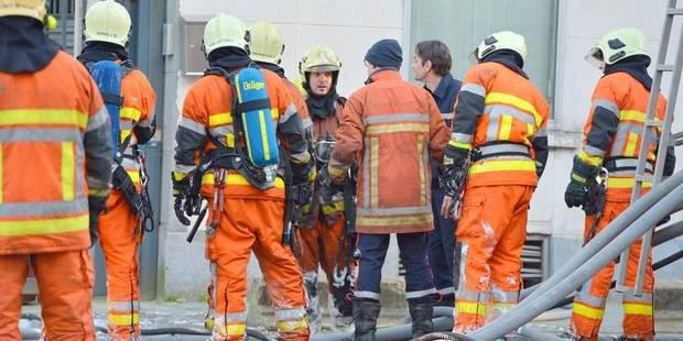 Les pompiers bruxellois déposent plainte pour leur refinancement - La DH
