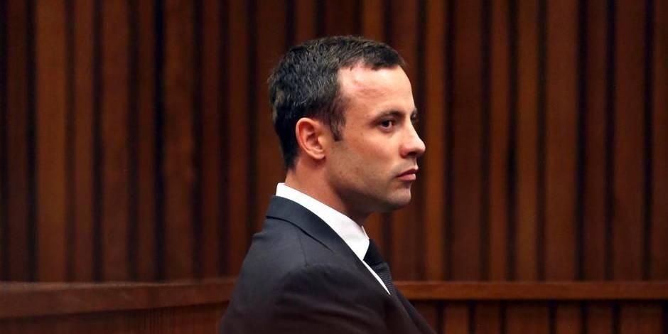 """Après avoir tué Reeva, Pistorius dit à la sécurité: """"tout va bien"""""""