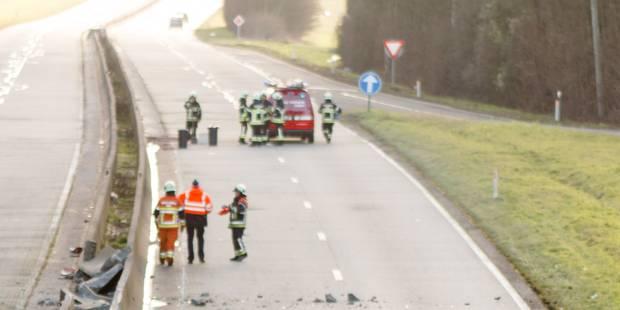 Un homme de 27 ans trouve la mort sur l'A17 à Estaimpuis - La DH