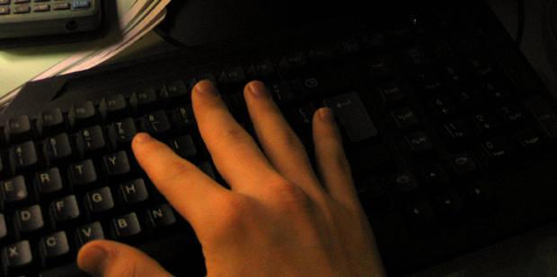 Un abus sexuel par semaine via internet en Belgique - La DH