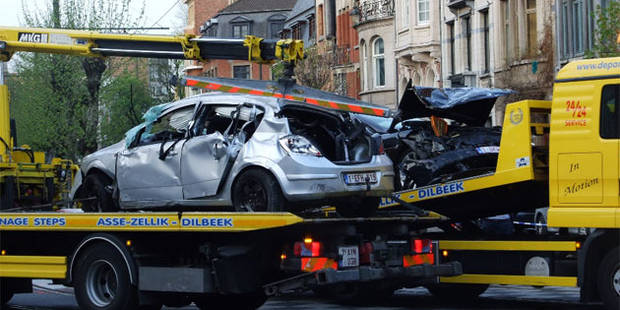 Molenbeek: un couple décède dans une collision, un chauffeur en fuite - La DH