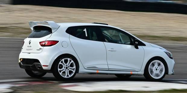 Renault offre un volant à un jeune débutant de 16 à 23 ans - La DH