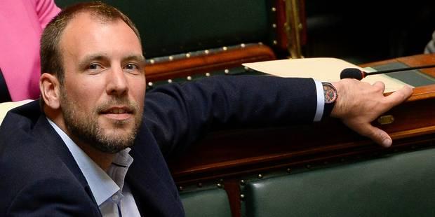 Survol de Bruxelles: Wathelet chargé de négocier avec les Régions - La DH
