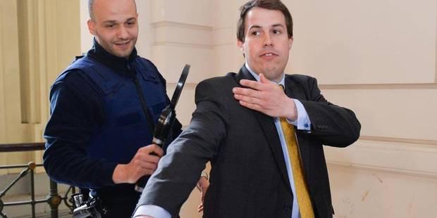 20 mois de prison avec sursis requis à l'encontre de Laurent Louis - La DH