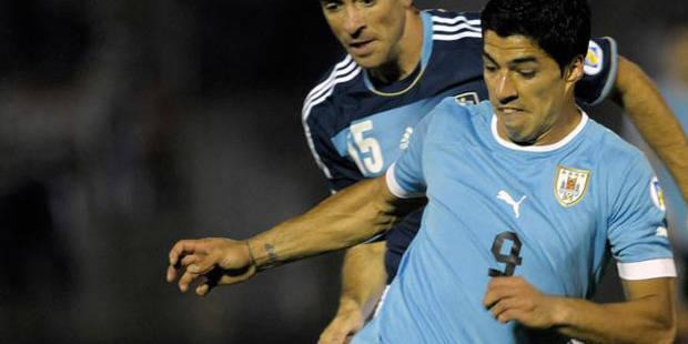 Luis Suarez opéré au genou mais... présent pour le Mondial - La DH
