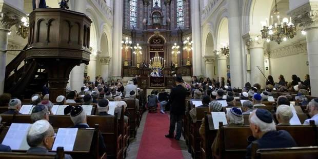 Tuerie au mus�e juif : C�r�monie d'hommage aux victimes � la synagogue