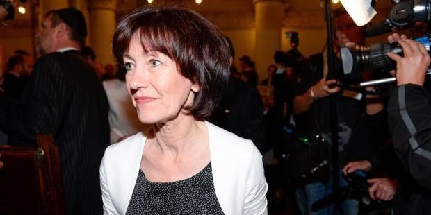Onkelinx ne mettra pas les négociations bruxelloises à la remorque des fédérales - La DH