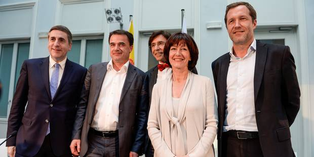 """PS et cdH au pouvoir en Wallonie et à Bruxelles, un """"simulacre de négociations"""" pour le MR - La DH"""