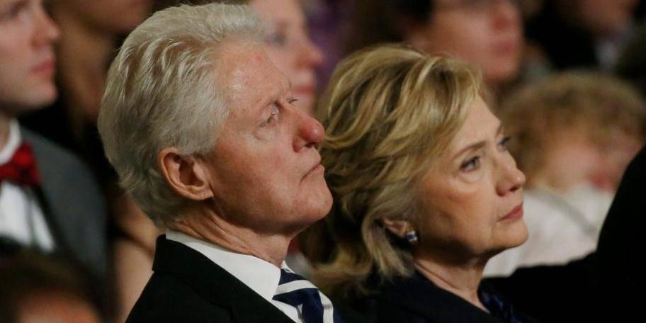 La dette des Clinton après la Maison Blanche? 12 millions de dollars!