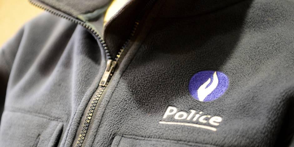 La police a acheté des armes à 5.000 euros/pièce... sans pouvoir les utiliser! - La DH