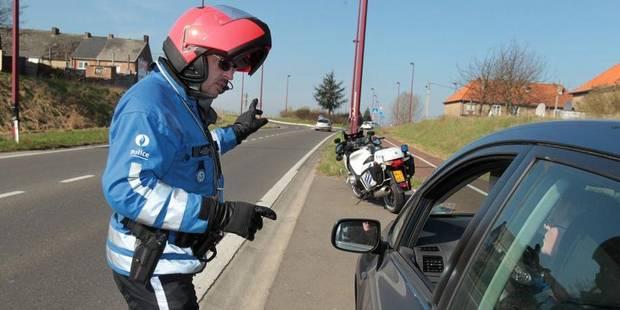 Un conducteur tente de foncer sur un policier lors d'un contrôle - La DH