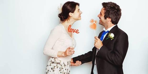 Adrien Devyver demande la journaliste Julie Denayer en mariage