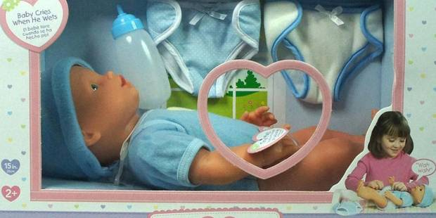 Une poupée doit-elle être dénuée de parties intimes ? - La DH