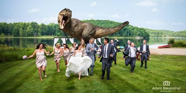 Un T-Rex sème la terreur à un mariage - La DH