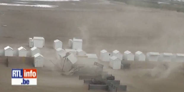 Vidéo: une trombe marine agite la plage de Zeebruges - La DH