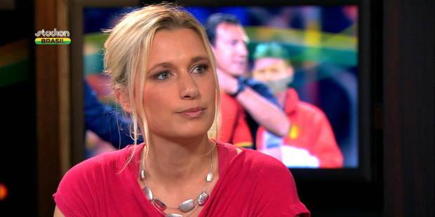 Une journaliste flamande raconte les sms brûlants reçus au bord des terrains - La DH