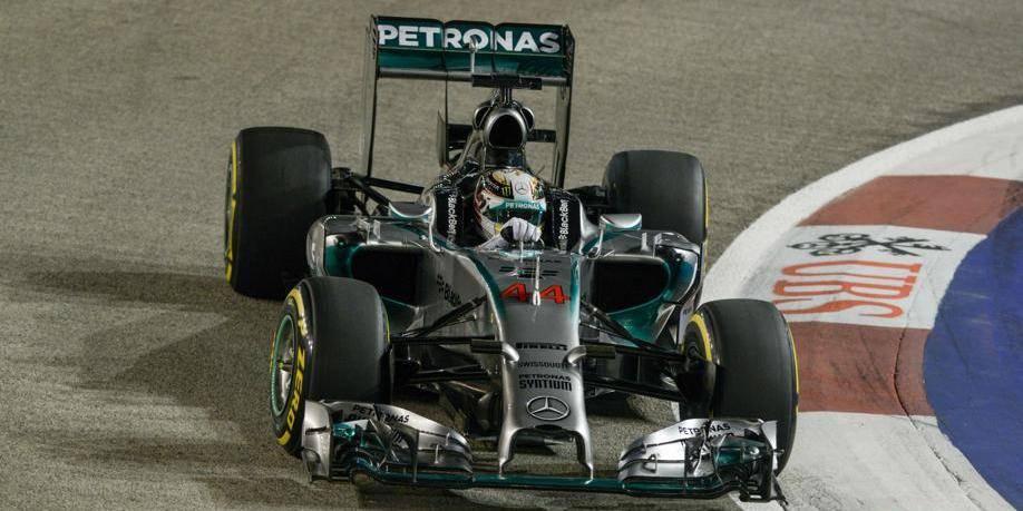 Hamilton s'offre la pole à Singapour