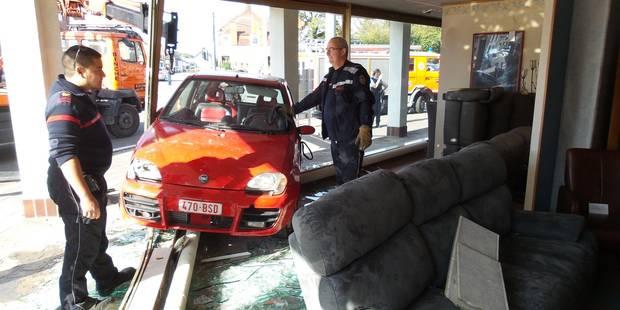Un commerce détruit par une voiture à Anderlues - La DH