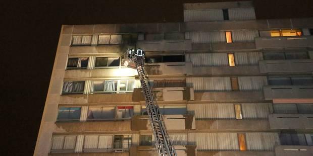 Important incendie à Marcinelle: une centaine de personnes évacuées - La DH