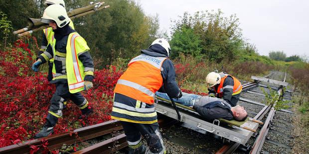 Les pompiers simulent un accident ferroviaire - La DH