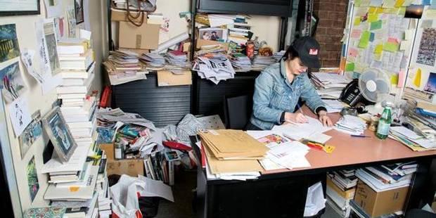 Le bureau le plus bordélique du monde pour Amélie Nothomb ? - La DH