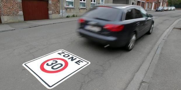 Des cyclistes réclament des contrôles de la limitation à 30km/h à Bruxelles-centre - La DH