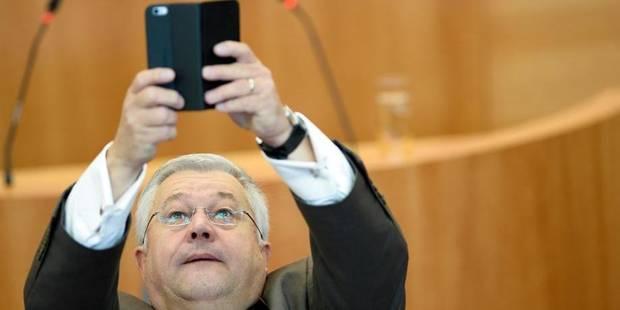 Bruxelles fera moins d'économies qu'annoncé - La DH