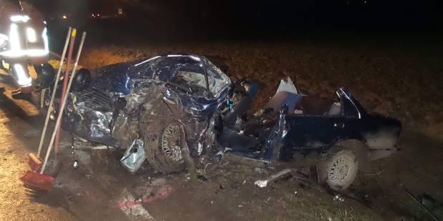 Fontaine-Valmont: Une effroyable collision frontale fait un mort - La DH