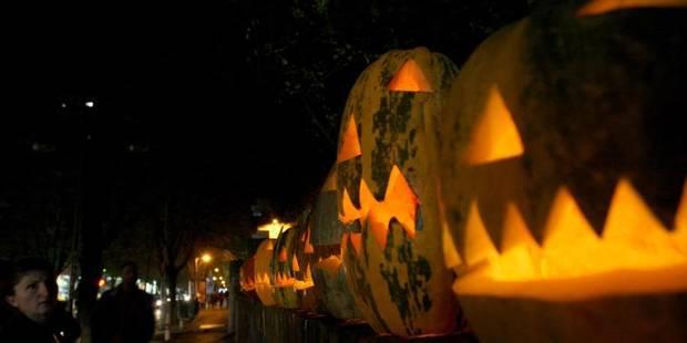 Clowns m�chants ou combinaisons Ebola: Halloween teste les limites de la provoc