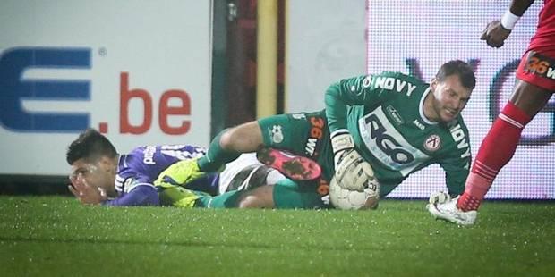 Darren Keet blanchi malgré un coup de pied vers Mitrovic - La DH